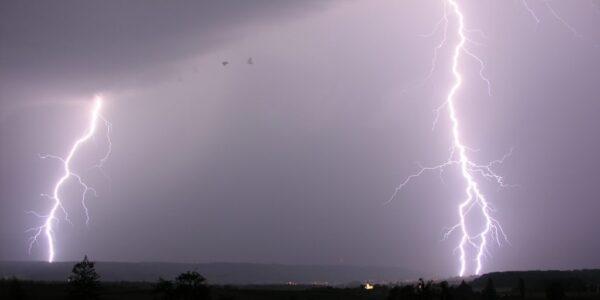 Lightning_14.07.2009_20-42-33